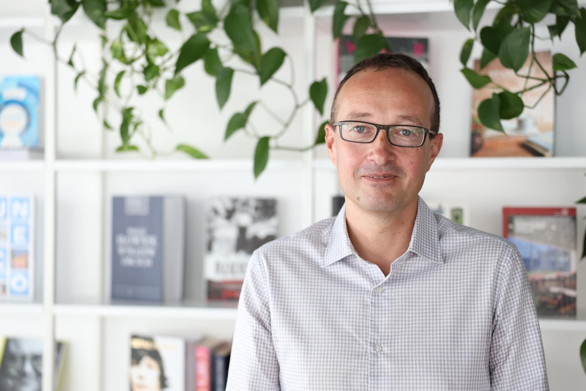 """Michał Smoliński – Selo Energia: od """"ucieczki"""" na Politechnikę do unikalnej usługi dla przemysłu"""