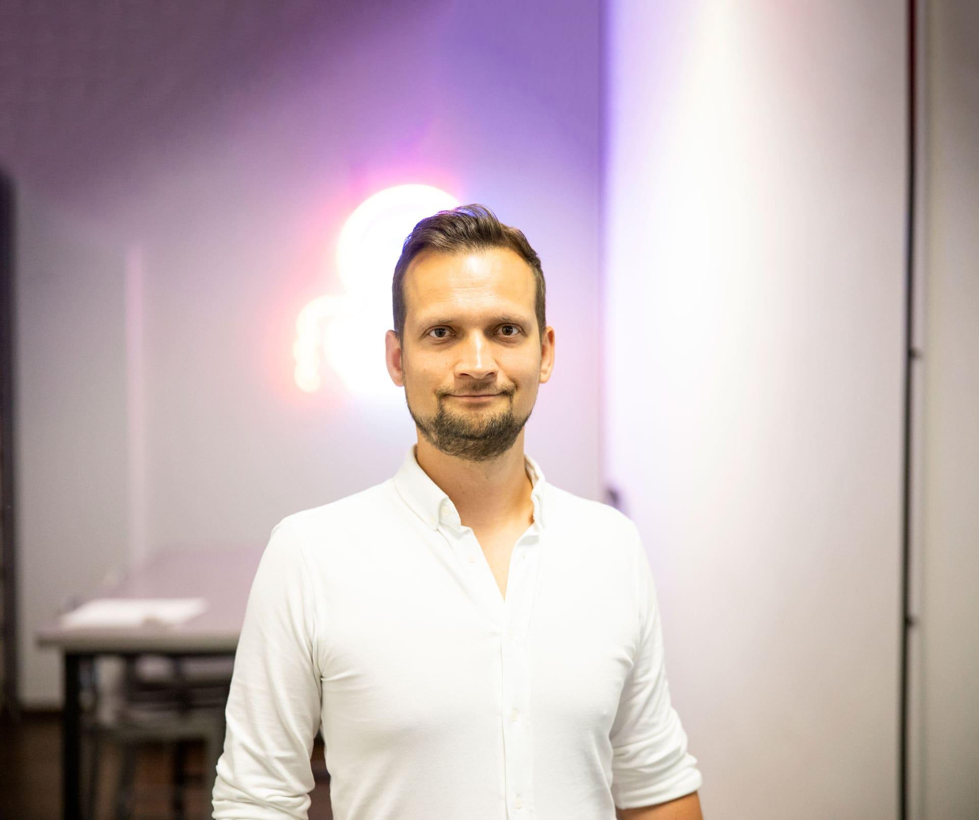 Maciej Woźniak – Whites: od eksperta SEO po kreatora nowych biznesów